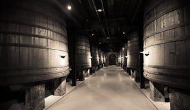 酿酒厂年迈的照片  库存图片