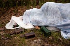 醉酒的无家可归者 免版税图库摄影