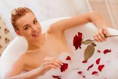 采取妇女的浴 图库摄影