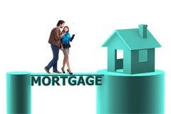采取房子的家庭的概念抵押贷款 图库摄影