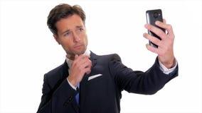采取selfie的成功的商人
