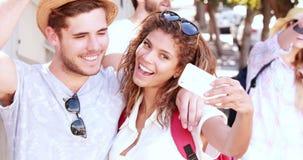 采取selfie的熟悉内情的夫妇 股票视频