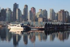 采煤港口有薄雾的早晨温哥华 库存图片