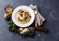 采蘑菇porcini意大利煨饭 免版税图库摄影