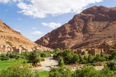 巴巴里人村庄在南摩洛哥 免版税库存照片