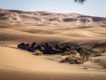 巴巴里人阵营在撒哈拉大沙漠摩洛哥 图库摄影