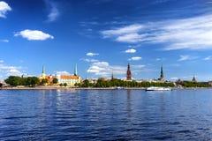 里加拉脱维亚全景的首都在夏天 图库摄影
