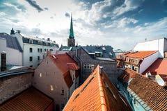 里加老镇屋顶 免版税图库摄影