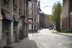 里加老镇空的街道  免版税库存照片