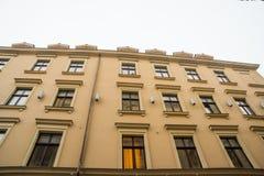 里加,拉脱维亚:Jauniela街道为许多俄国影片被设置在里加奥尔德敦 关于歇洛克・福尔摩斯的影片的房子 免版税库存图片