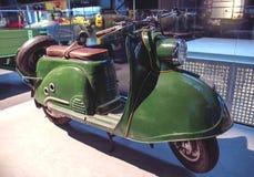 里加,拉脱维亚- 10月16 :年1959 TMZ T200图拉里加马达博物馆, 2016年10月16的减速火箭的摩托车日在里加,拉脱维亚 免版税库存照片