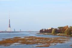 里加,道加瓦河,秋天 免版税库存照片