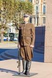 里加 战士仪仗队在独立广场的 免版税库存图片