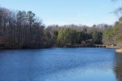 里士满大学的Westhampton湖 免版税库存图片