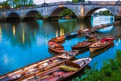 里士满桥梁,伦敦 免版税库存照片