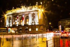 里尔歌剧在晚上 免版税库存照片