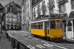里斯本电车汽车葡萄牙 免版税库存照片