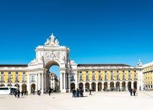 里斯本葡萄牙 - 3月10日:3月的传统老大厦 免版税图库摄影