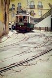 里斯本,葡萄牙, 2015 04 15 -在ol的老传统游览电车 图库摄影