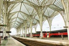 里斯本,葡萄牙:Oriente (东部)火车站 免版税图库摄影