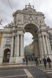 里斯本,葡萄牙- 2018年6月10日:凯旋式Rua奥古斯塔曲拱 免版税库存照片
