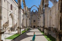 里斯本,葡萄牙- 2017年5月17日:卡尔穆女修道院在里斯本 库存照片