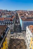 里斯本,葡萄牙- 2017年5月19日:商业stree鸟瞰图  免版税库存图片