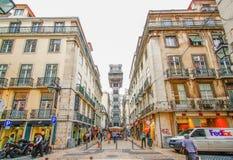 里斯本,葡萄牙- 2012年10月12日:在Lis的圣诞老人Justa电梯 库存图片