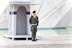 里斯本,葡萄牙- 11月1 :对葡萄牙soldie的纪念碑 免版税图库摄影
