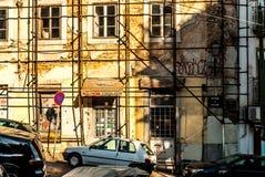 里斯本,葡萄牙- Septmember 19日2016年:在Viewpoint de圣诞老人Luzia附近的街道 免版税库存照片