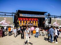 里斯本- 2017年5月7日:Vesak节日-菩萨2017年5月7日的` s生日的庆祝在里斯本在Ribeira das Naus 免版税库存图片