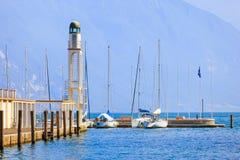 里瓦德尔加尔达海岸  免版税库存照片