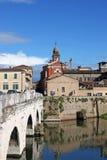 里米尼老镇和Tiberius桥梁 库存图片