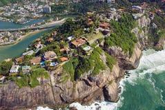 里约热内卢海岸的鸟瞰图 免版税库存照片