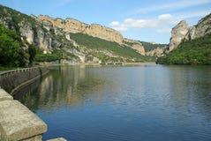 里约Ebro Embalse de Sobron 05 免版税图库摄影