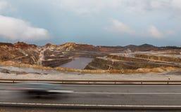 里约Tinto矿和汽车足迹 库存照片