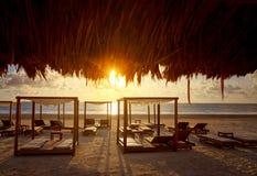 里维埃拉玛雅人日出海滩在墨西哥 库存图片