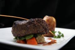 里脊肉牛排部分 免版税图库摄影