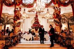 里茨伦敦的圣诞节装饰 免版税图库摄影