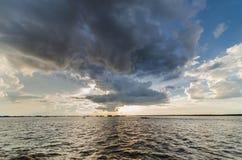 洞里萨湖在柬埔寨 免版税库存照片