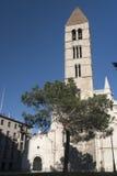 巴里阿多里德卡斯蒂利亚y利昂,西班牙:反重力圣玛丽亚的教会  库存照片