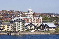 巴里靠码头江边,威尔士,英国 免版税库存照片