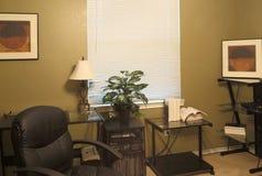 里面一个家庭办公室 免版税库存图片