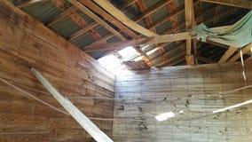 里面北部得克萨斯干草谷仓 免版税库存照片