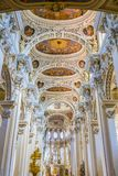 里面圣斯蒂芬大教堂在帕绍 免版税图库摄影