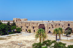 里面威尼斯式凯里尼亚城堡(第16个c ),北部塞浦路斯 库存照片