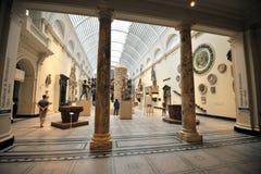 里面维多利亚和阿尔伯特博物馆在伦敦,英国 库存图片