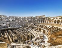 里面罗马斗兽场的看法,罗马 免版税库存照片