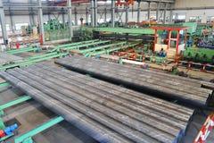 里面钢铁生产厂 免版税库存图片