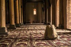 里面jama masjid清真寺斯利那加祷告 免版税库存图片